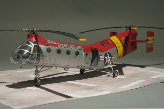 Italeri-H-21-Shawnee-13.JPG